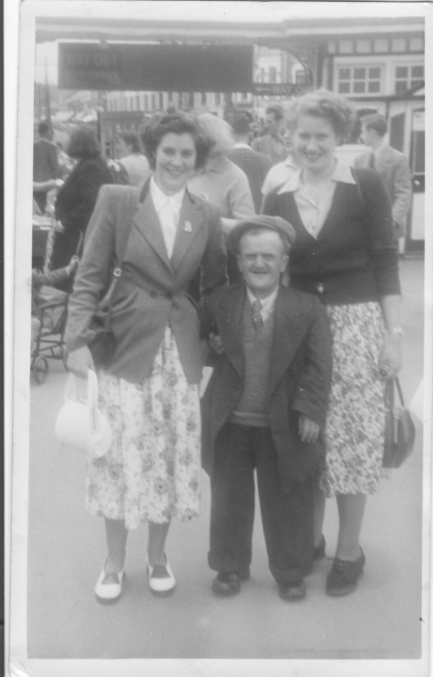 Gressenhall photos - Beryl Hammond, Little Freddie, Gladys Richmond jpg (1418px x 2218px)